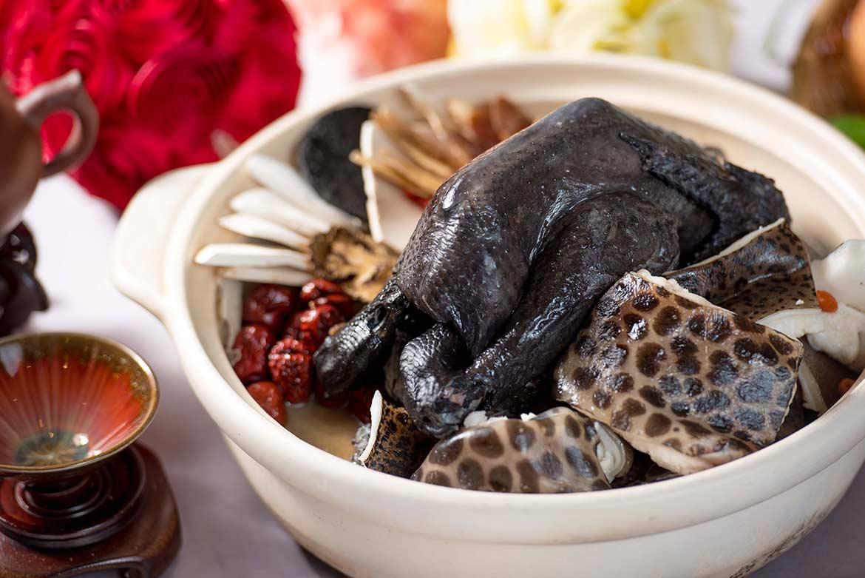 遊龍十全燉烏雞砂鍋